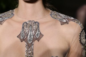 VALENTINO COUTURE UP-CLOSE