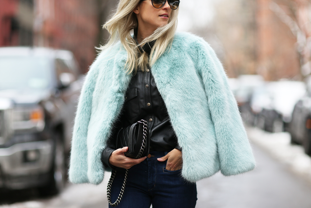 Baby blue faux fur jacket | THEFASHIONGUITAR