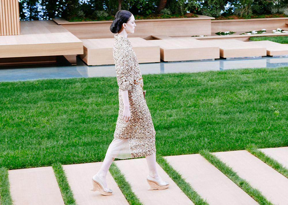 Chanel Couture Spring 16 | THEFASHIONGUITAR