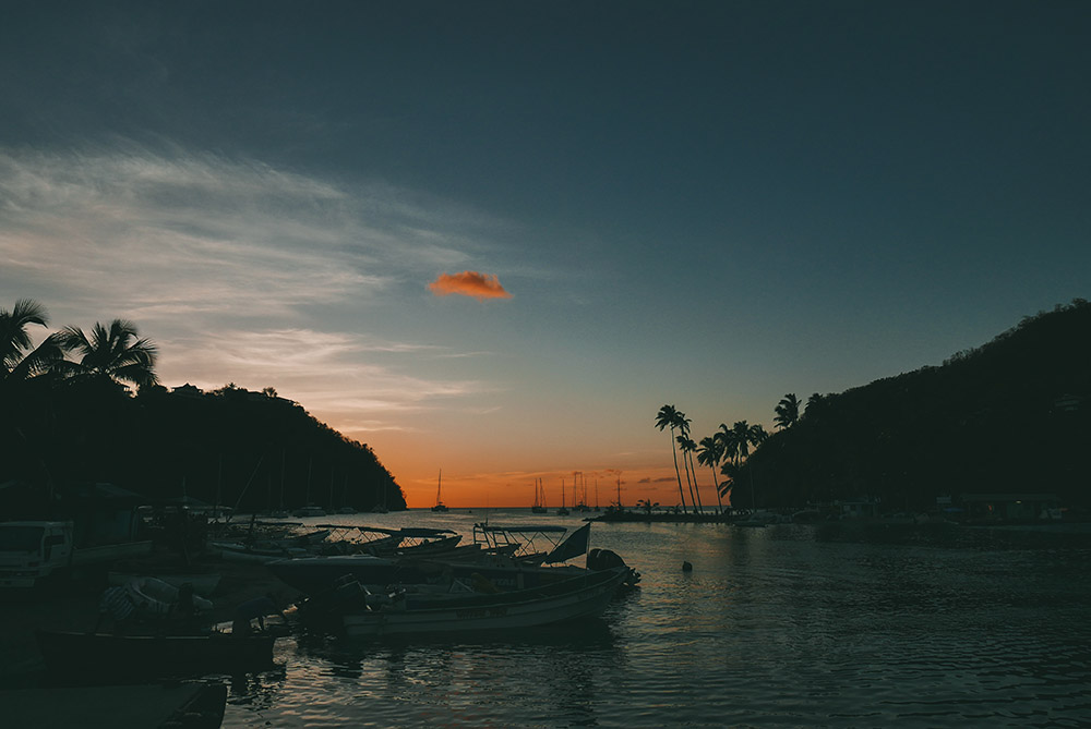 Sunset-Saint-Lucia-Thefashionguitar