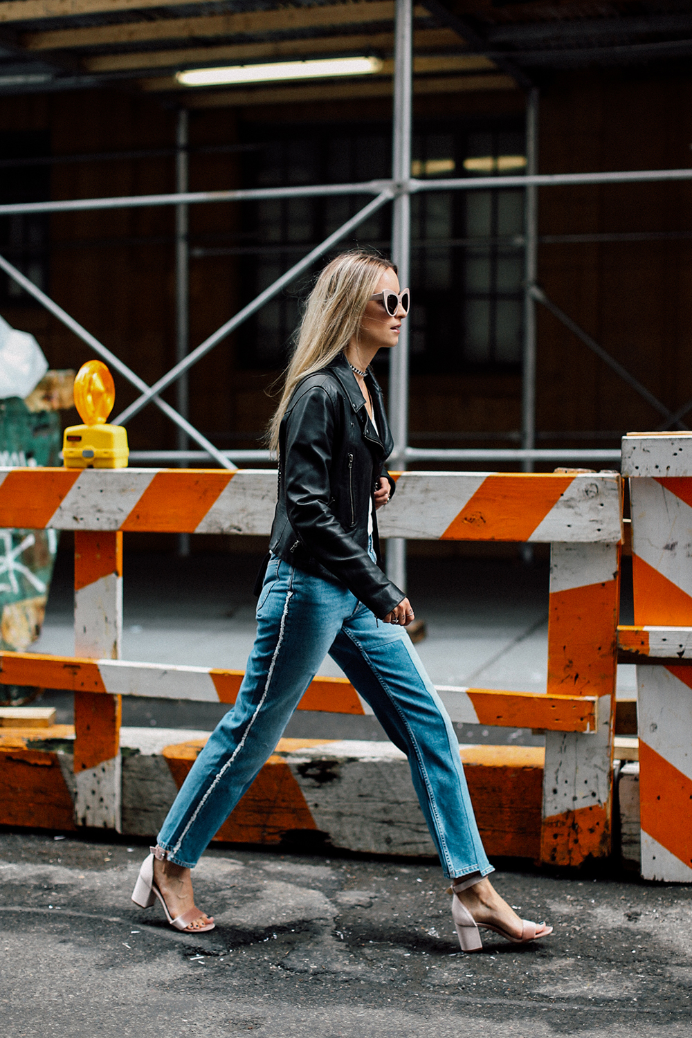 Charlotte Groeneveld Thefashionguitar in Chinese Laundry heels via DSW and MIH Jeans denim