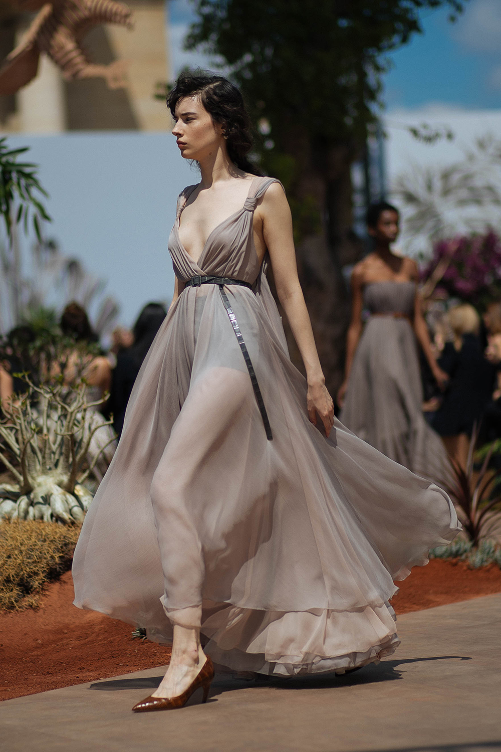Thefashionguitar for Summer haute couture