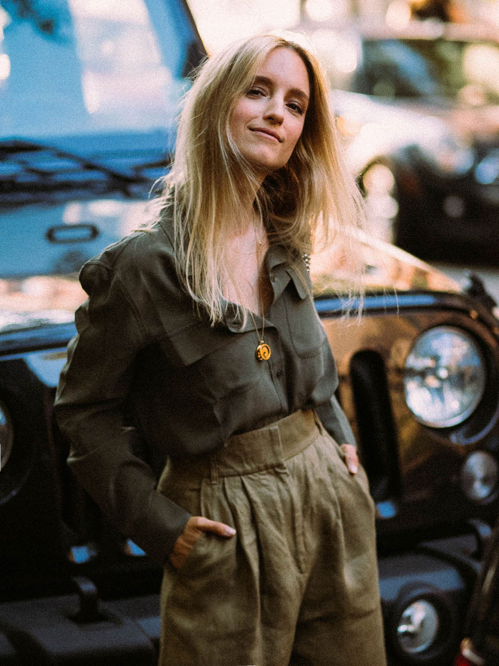90s Safari Vogue style by Charlotte Groeneveld from Thefashionguitar
