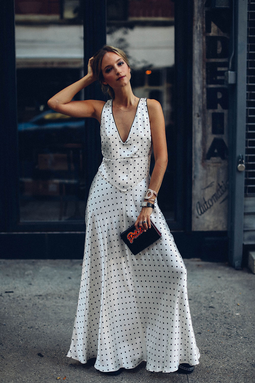 Summer-white and the Ganni polka-dot dress by Charlotte Groeneveld Thefashionguitar